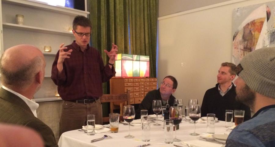 Presenter dinner